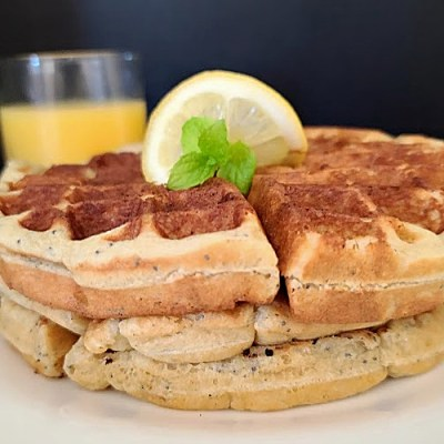 Gluten-Free Sweet-n-Tart Lemon Waffles