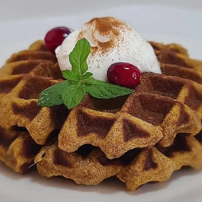 Gluten-Free Pumpkin Pie Waffles