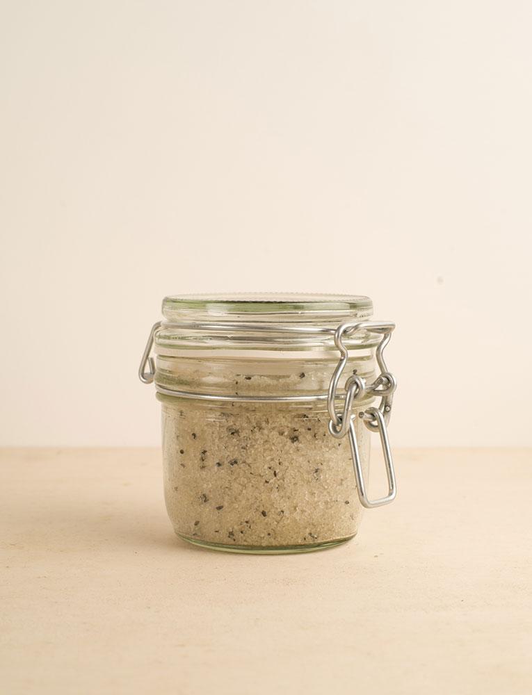 La ressource soins sel de bain gingembre citron patchouli charbon actif alinessence 2 local naturel bio belgique Zero déchet