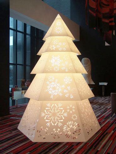 Logomania Christmas Tree, 2006