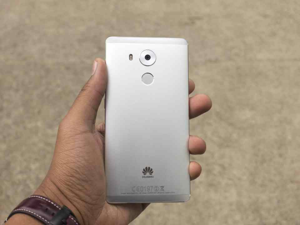 Huawei Mate 8 Kirin HiSilicon 950 Honor Emotion UI EMUI Test Prise en main Review Hands on Android Marshmallow La Revue Tech The Tech Review