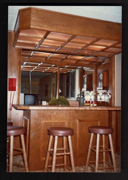 Wall mounted gun cabinet plans Plans DIY How to Make