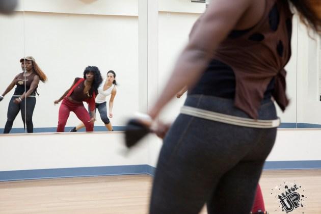 Donnaray and MissLikkleBit of Dancerz Blvd teach a class at a Manhattan dance studio
