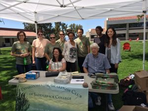 The Environmental Awareness Club hosted a Campus Clean-Up event on April ... , 2014 - Photo by Lam Tran
