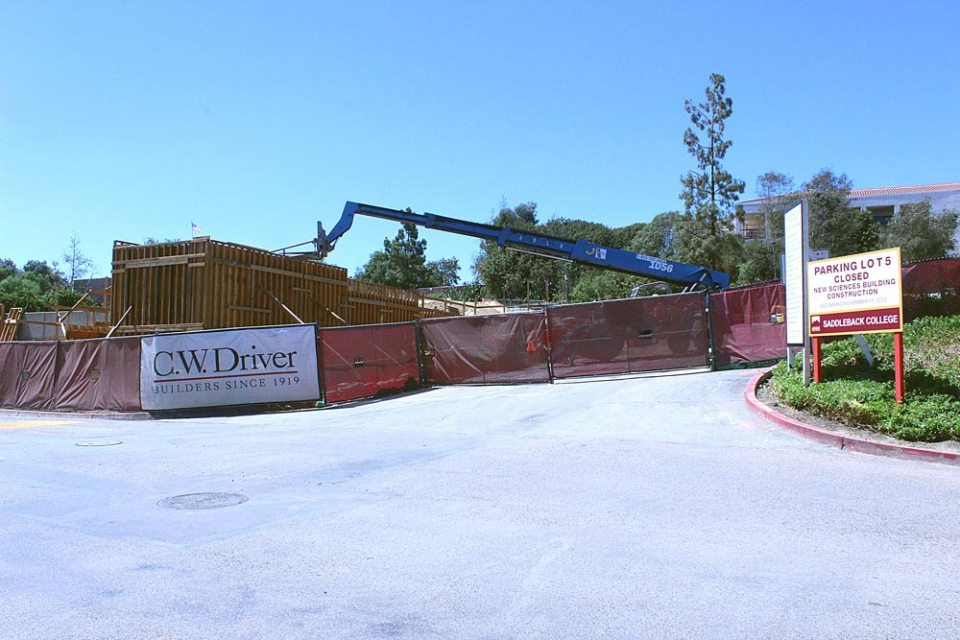 Construction continues on the Sciences Building on the Saddleback College campus. (Photographer/Hannah Tavares)
