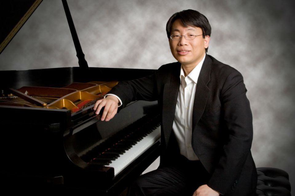 Chih-Long Hu performed in the McKinney Theatre last month to a modest audience. (Courtesy of Nina Welch)
