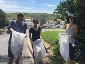 For the campus Earth Day cleanup, students were each given gloves and a trash bag as well as a designated area where they picked up trash. (Noemi Bueno Rojo)