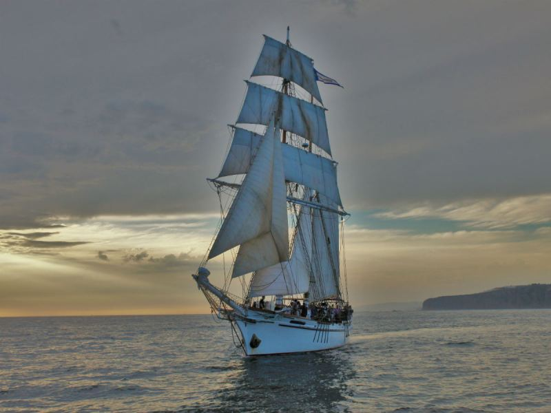 The Exy Johnson sails outside Dana Point Harbor (Adam Gilles/Lariat)