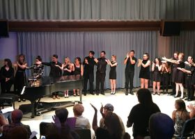 The Musical Theatre Students applause their director Scott Farthing and pianist Catherine Tibbitts (Colin Reef/Lariat)