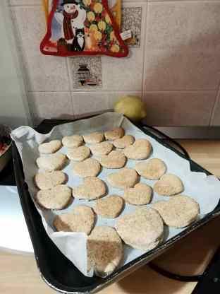 Una teglia di biscotti integrali bio