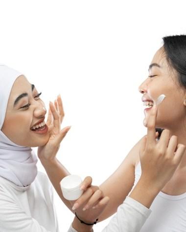 Begini Cara Menggunakan Cream Wajah Yang Benar