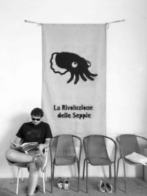 Luke con la bandiera delle Seppie a Loretello