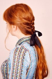 beauty simple ponytail