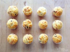 muffins-salati-con-pomodori-secchi-e-olive