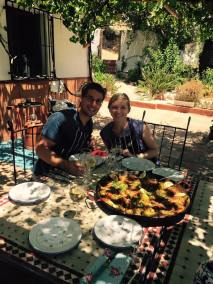Sweethearts make Paella.