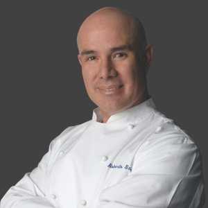 Chef Roberto Santibáñez