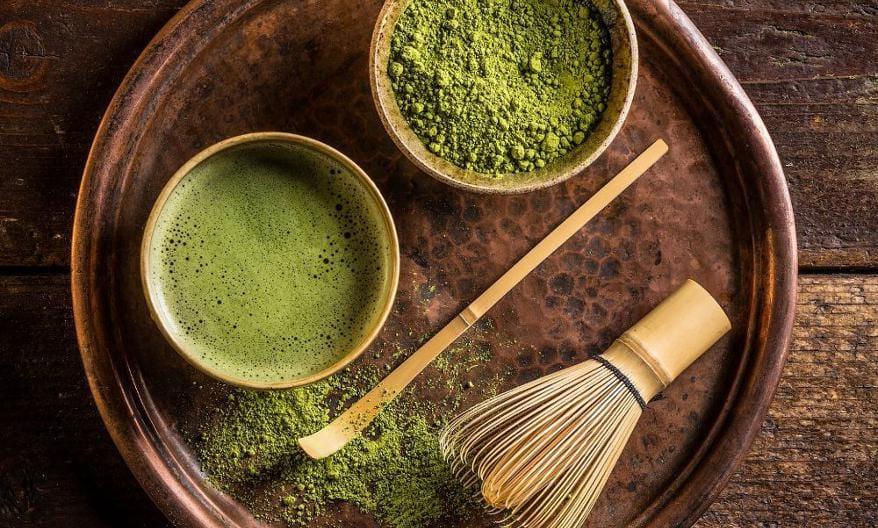 El matcha y todo lo que necesitas saber sobre este té
