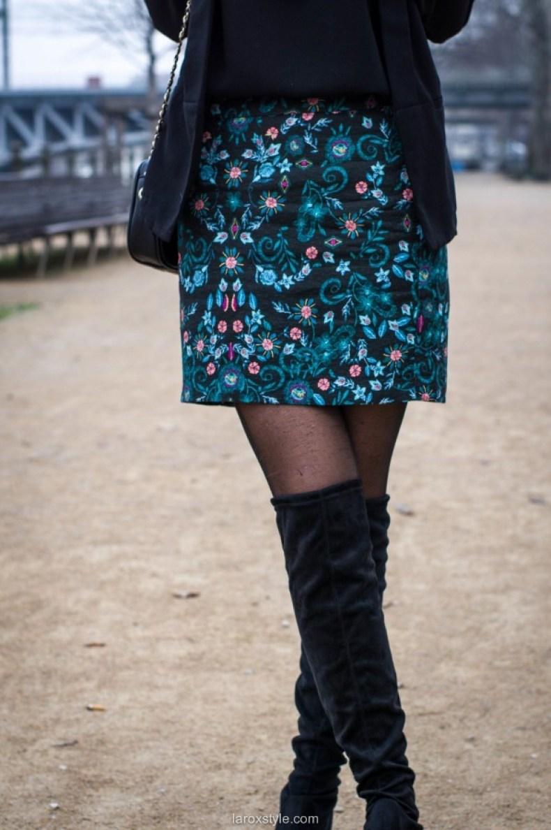 look-cuissardes-et-jupe-fleurie-16-sur-17