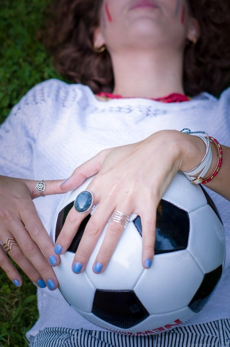 look sporty chic - blog mode lyon - ballon de football