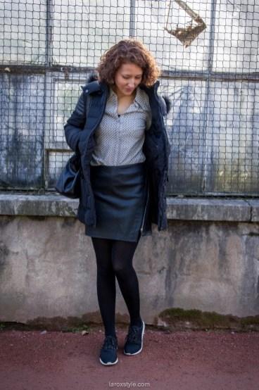 look-blog-mode-jupe-smili-et-col-pelle-a-tarte-en-sneakers-2-sur-30