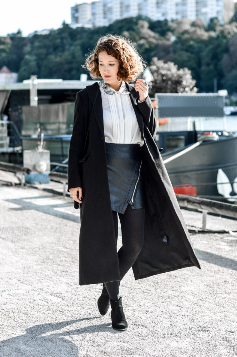 look working girl - jupe simili cuir - chemise strass - laroxstyle blog mode lyon-3