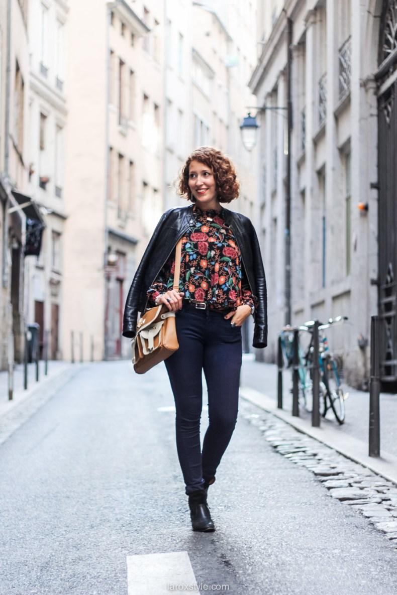 blouse fleurie - sac vintage - laroxstyle blog mode lyon-3