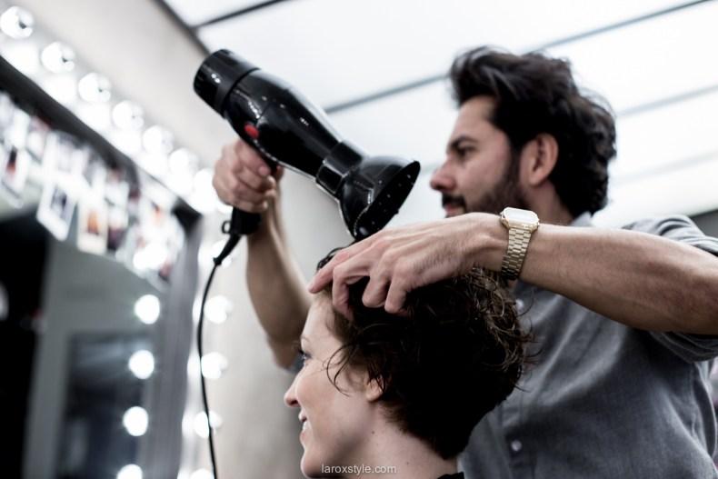 coupe courte cheveux boucles - coiffeur la loge lyon - blog laroxstyle -32