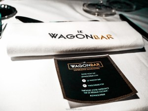 Wagon Bar Lyon - Bus Restaurant