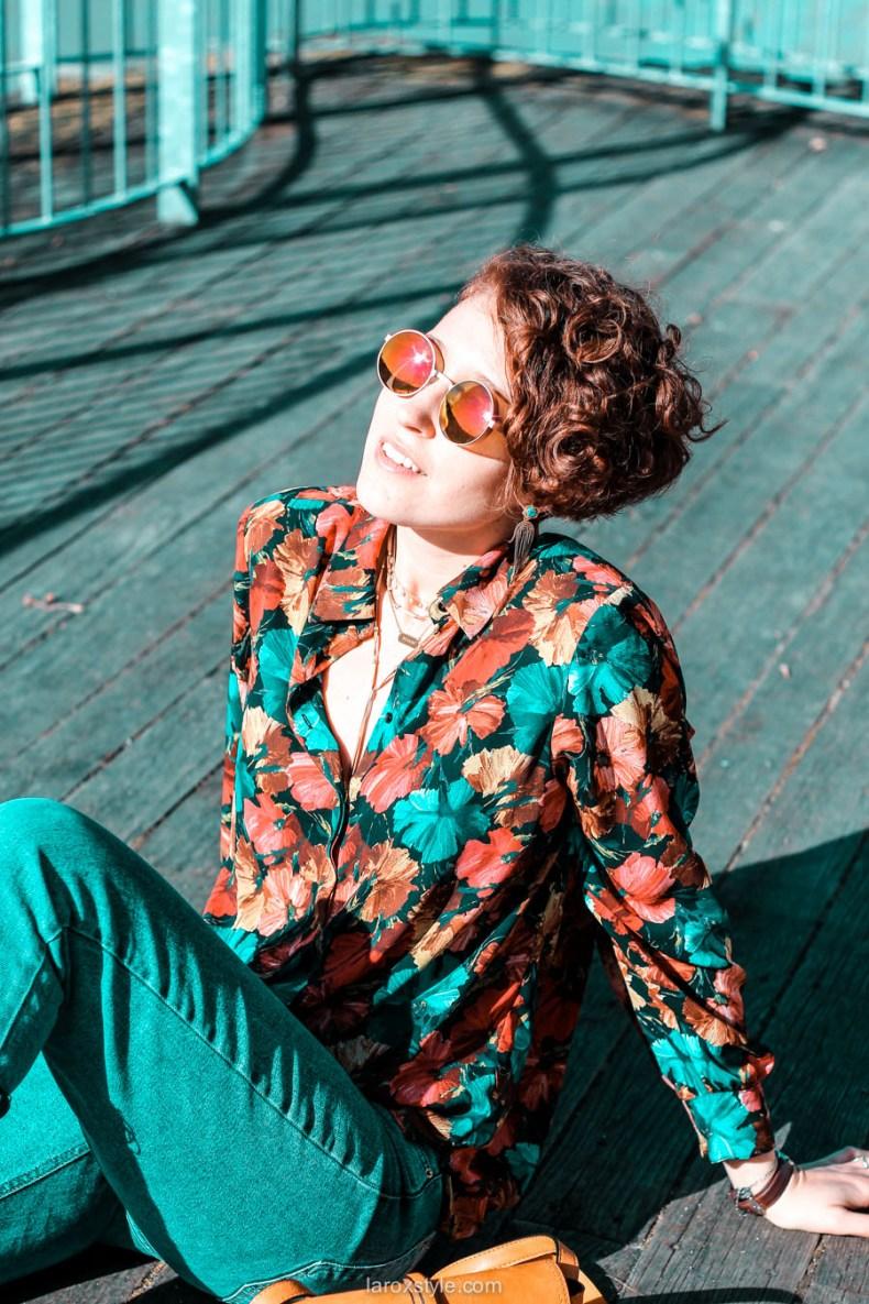 look chemise a fleurs - look rock - jean 7 8 - boots clous - blog mode lyon-23