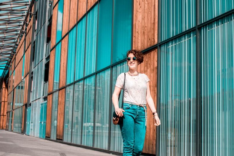 pimper une tenue basique - jean a franges - top dentelles - blog mode lyon - laroxstyle-10