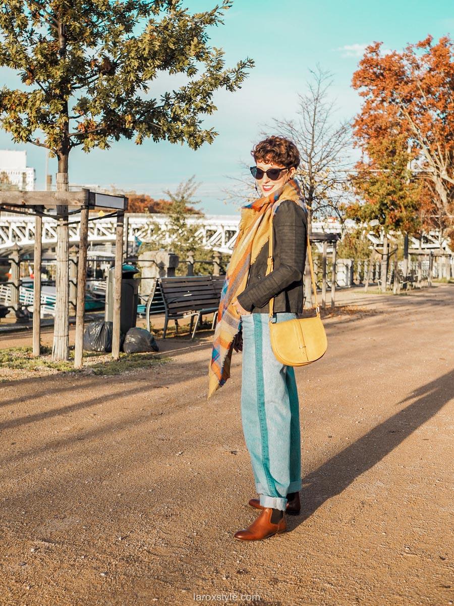 Écharpe tartan pour un look néo vintage
