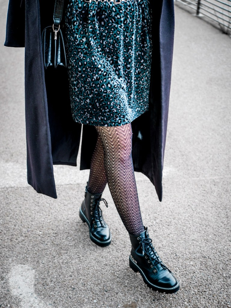 look blog robe velours et doc martens