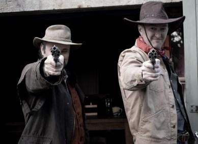 That's two sixguns