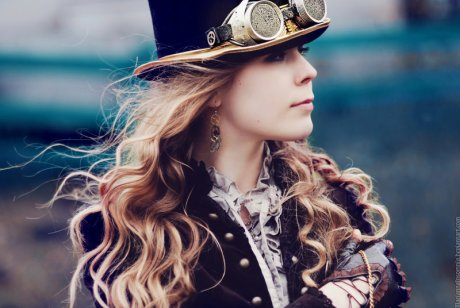 Ridiculously Photogenic Steampunk Girl