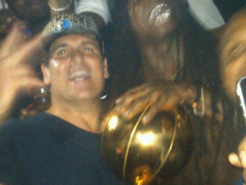 mark cuban lil wayne Cuban, Lil Wayne Partying Where LeBrons Mom Was Arrested