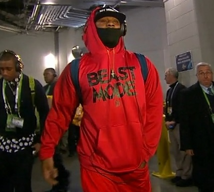 Marshawn Lynch wears trademark Beast Mode hoodie to Super Bowl  Larry Brown Sports