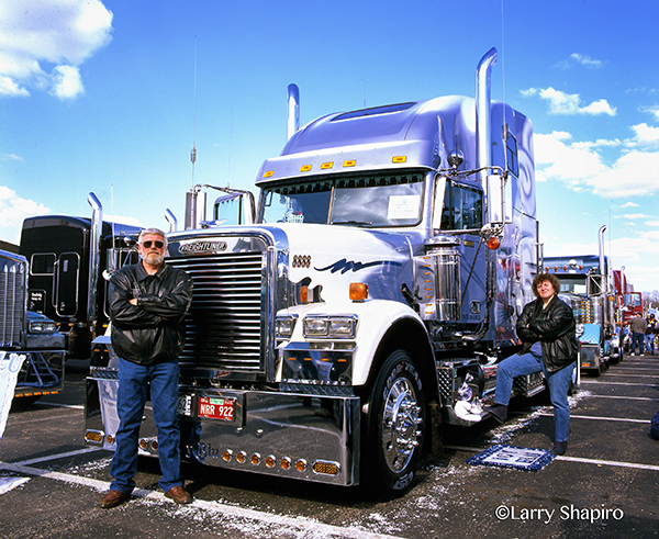 truck owner with his Freightliner FLD tractor