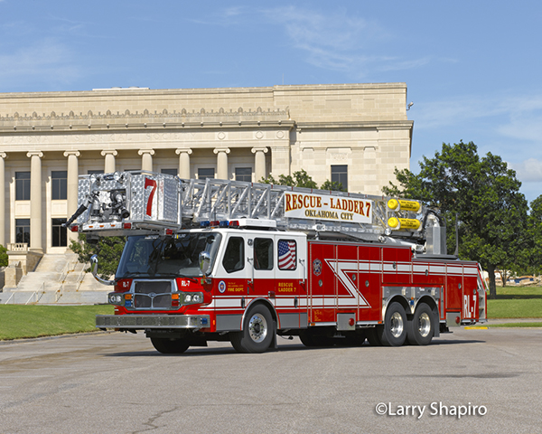 Oklahoma City FD Rescue Ladder 7