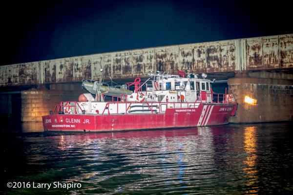DCFD Fire Boat John H Glenn Jr