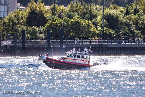 FDNY Fire Boat Marine 8 Safe Boat