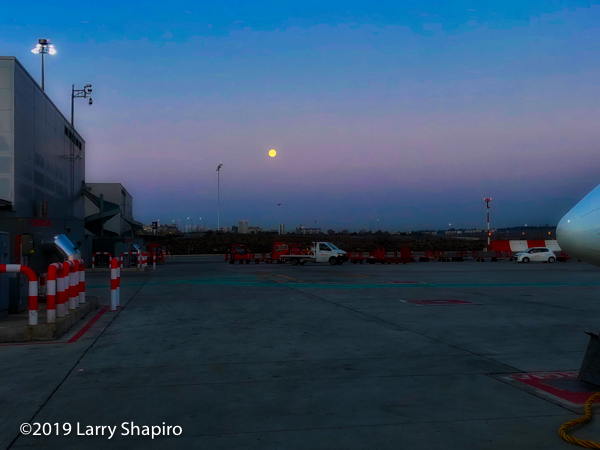 The moon as seen from the Madrid International Airport