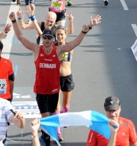 Målstregen ved Berlin Marathon