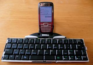 Live blogging - WordPress, HTC S710, and bluetooth keyboard