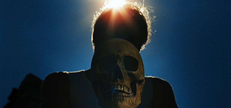 concours-laissez-bronzer-les-cadavres-min