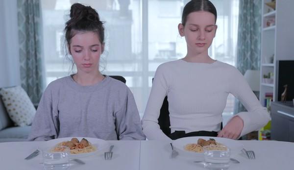 je-suis-un-repas-parfait-laura-frealle-larsruby-nikon-film-festival-1