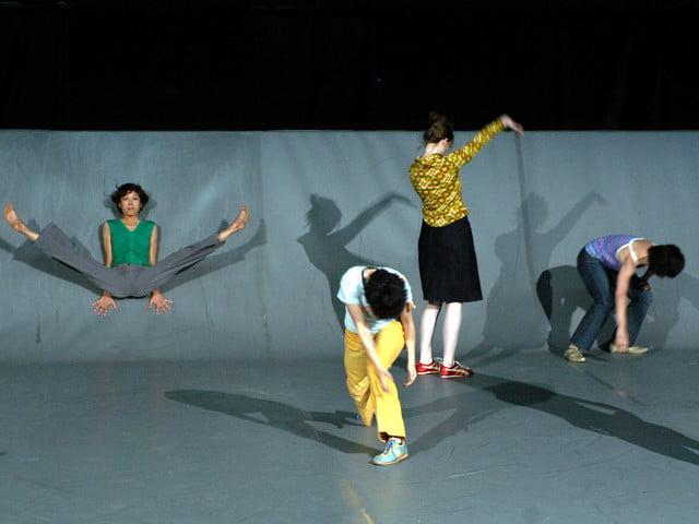 Dance Hall : trois jours de danse avec la chorégraphe Mathilde Monnier à la Halle Tropisme à Montpellier