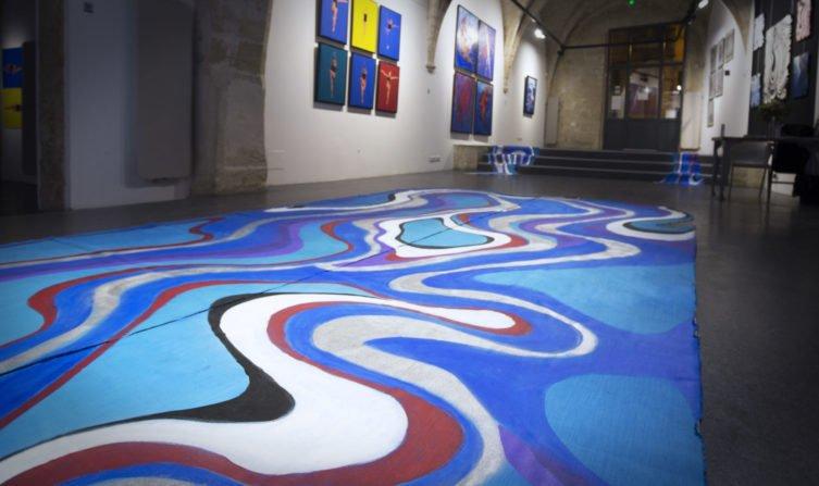 """Exposition """"Swimmers"""" de Kate Wyrembelska"""