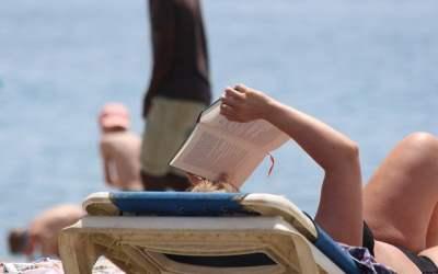 Occitanie : les bibliothèques de plage éphémères font leur come-back