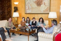 Un momento de la entrevista concedida por el alcalde al equipo de redacción de La Salle Post