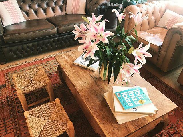 Leisure & Lillies /// #lascicadasibiza #boutiquevilla #livingspace #cozycorner #barn #interiors #ibiza #ibizastyle #stylish #leisure #countryhome #rustic #finca #ibizenca #chesterfield #holidayhome
